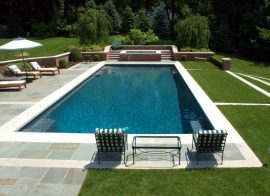 How to seal a swimming pool