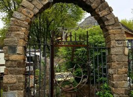 How to build a stone arch.