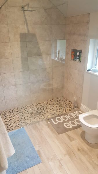 Bathroom with CT1