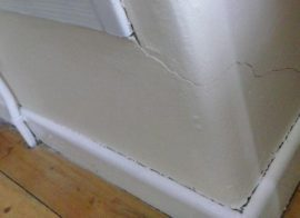 How to Repair a Cracked Skirting Board
