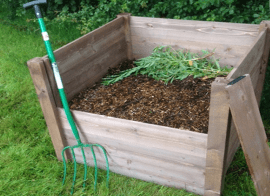 The most effective way to make a wooden compost bin.